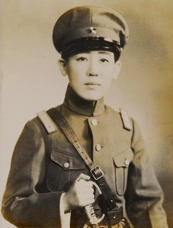 Gen_Yoshiko_Kawashima.jpg