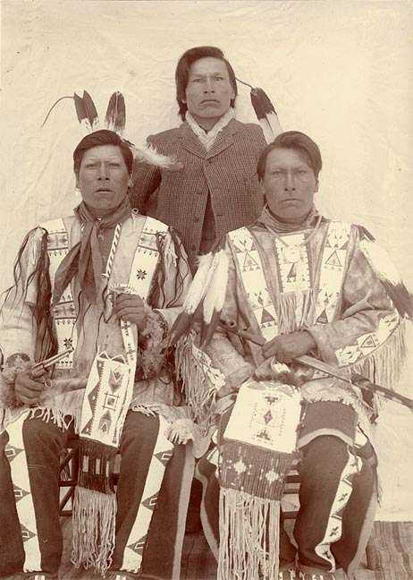 Wounded_Knee_Survivors.jpg